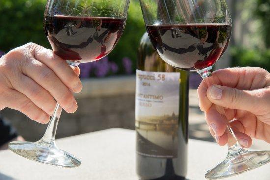 Lake Leelanau, Мичиган: Award winning wine list