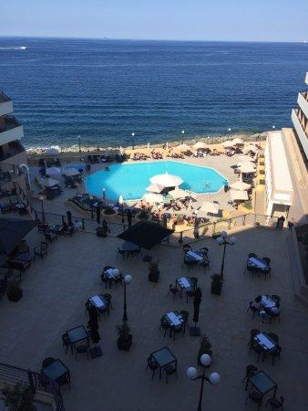 Radisson Blu Resort, Malta St Julian's: Overlooking The Bridge and one of the pools.