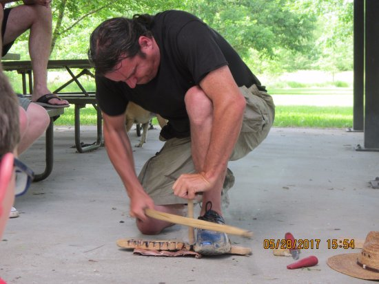 Ullin, IL: Bow Saw demonstration