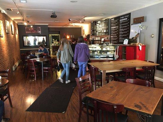 Opus Espresso & Food Bar: Opus - inside front door
