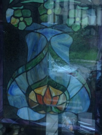 Lady Linden Bed and Breakfast: One of the beautiful stained glass windows
