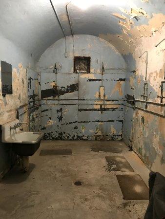 Jim Thorpe, PA: shower room