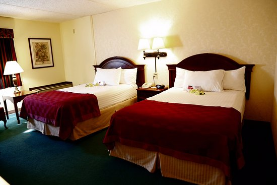 Ramada Plaza Hagerstown: Fresh Clean Quiet our Standard  Rooms have all that you need for a perfect stay!