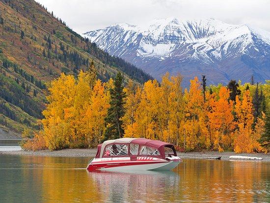 Yukon, Canada: Stunning fall colours at Kathleen Lake