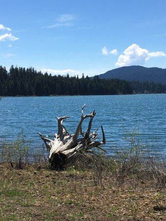 Eagle Point, OR: Fish Lake from RV space at Fish Lake Resort
