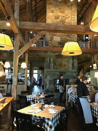 Groton, MA: Dining room