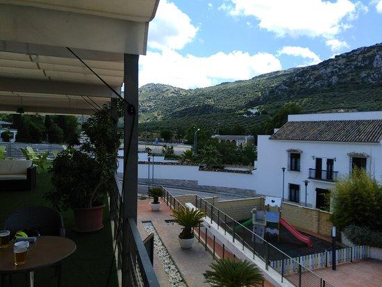 Dona Mencia, Espagne : Vistas desde la terraza del hotel