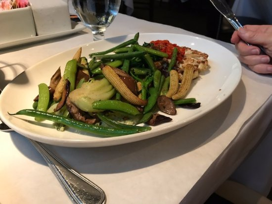 Veggie plate picture of the fish restaurant and wine bar for Fish marlborough ma