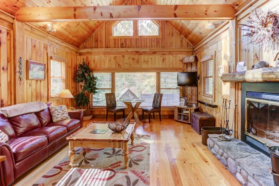 New Plymouth, OH: Boat House Living Room w/ Live Wood Burning Fireplace and View of Private Lake.