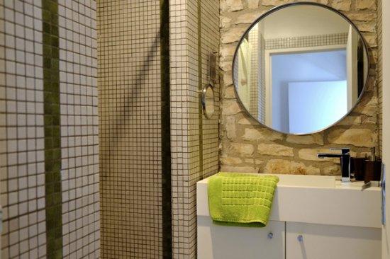 Una Vasca Da Bagno Traduzione In Francese : Troppe connessioni nella vasca da bagno in spagnolo