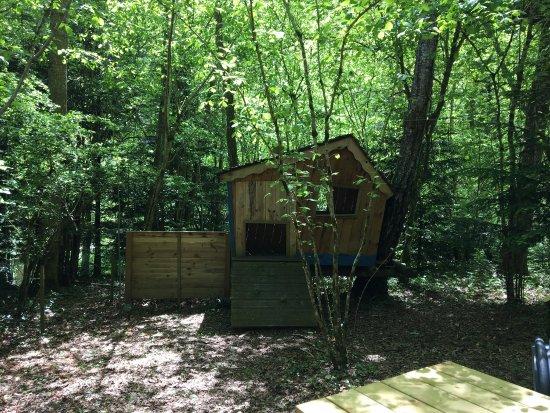 Crapahut Parc Aventure: Bel endroit un bémol pour la clairière pour enfants alors non achevée.