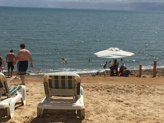 Holiday Inn Resort Dead Sea: Private Dead Sea beach
