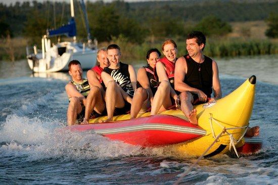 Wake-Beach.de - Wakeboardschule & Wassersportzentrum