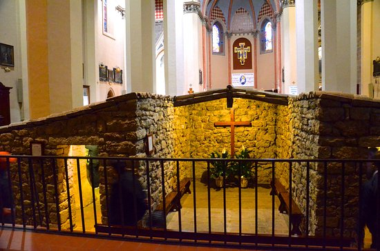 Santuario di Rivotorto: St Francis' hovel inside the church
