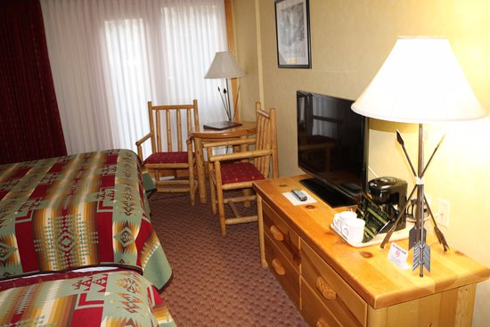 Brewster's Mountain Lodge: Twin room