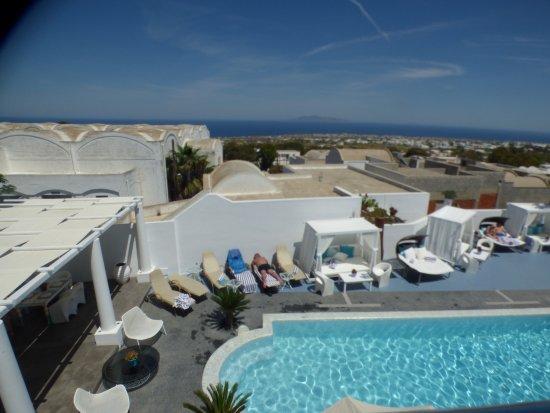 Aressana Spa Hotel and Suites: La piscina y su area son encantadores