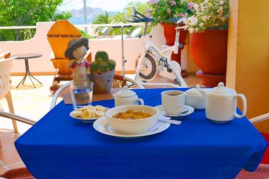 Hotel Casa D'mer Taganga: Zona para desayunos y lectura