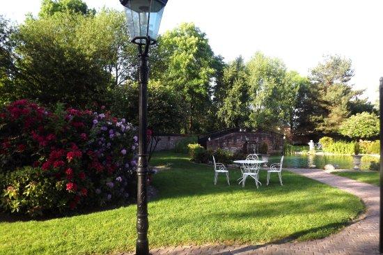 Raon-l'Etape, ฝรั่งเศส: Dans le jardin