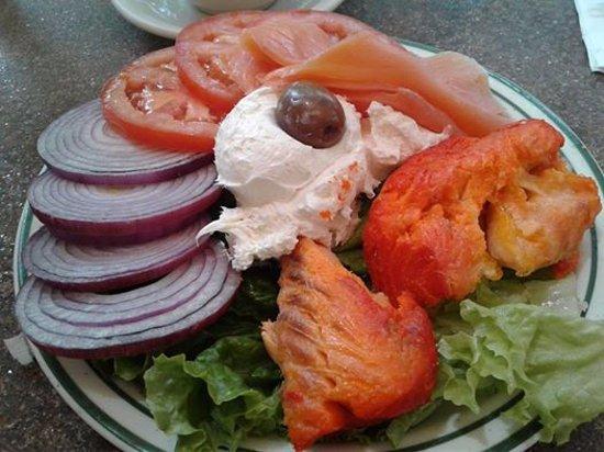 Brent's Delicatessen & Restaurant: 2 -Fish Platter