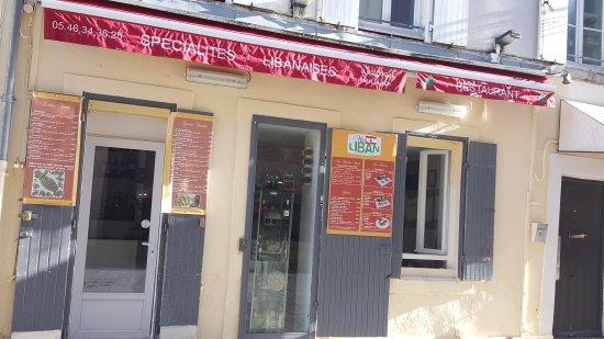 Restaurant Rue Des Carmes La Rochelle