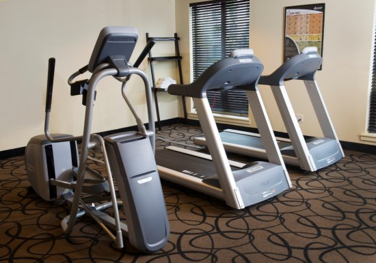 Juneau Aspen Suites Hotel : Exercise Room