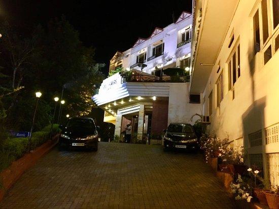 Hotel Polo Towers: photo1.jpg