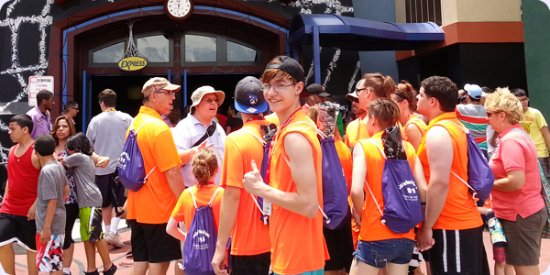 Kissimmee, FL: Group enjoying a Magical Tour at Universal's Islands of Adventure.