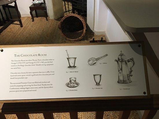 11c28408a2c A descrição da cozinha de chocolate - Foto de Hampton Court Palace ...