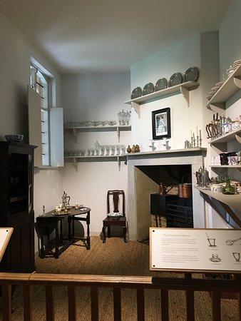677822cd1b0 A cozinha de chocolate - Bilde av Hampton Court Palace i East ...