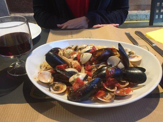 Taverna Garibaldi: Great food. Nice setting.