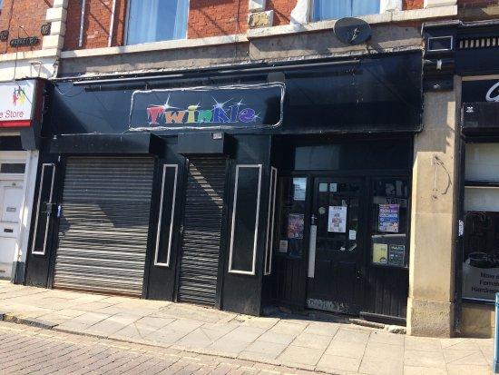Gay Clubs & Bars
