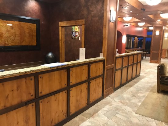 Tamarack Resort: Not a soul in the lobby or on property anywhere.