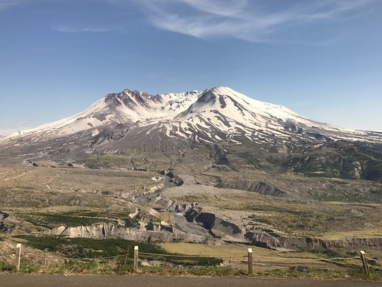 Amboy, Вашингтон: Mt. St. Helens 37 years after the eruption.