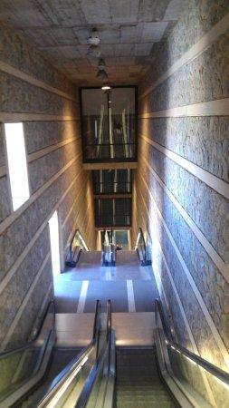 Escaleras Mecanicas Del Paseo de Recaredo