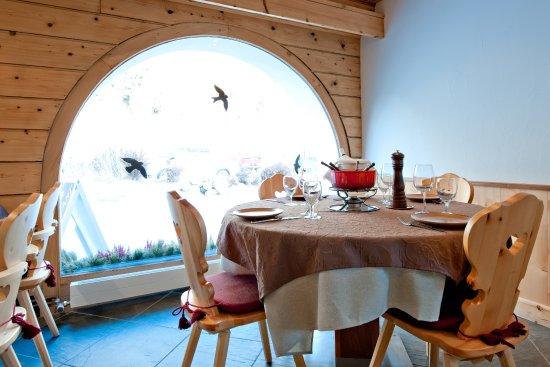 Sils im Engadin, Switzerland: Wir servieren auch Käsefondue und Fleischfondue, auf Voranmeldung