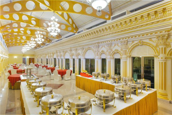 Buffet Set Up - Hotel Shanker