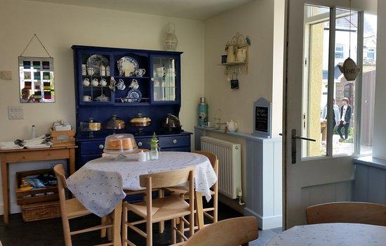 Sandleigh Tea Room & Garden: en el interior