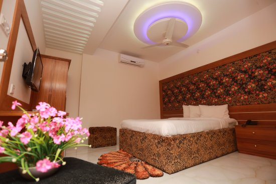 Nagar Valley Hotel