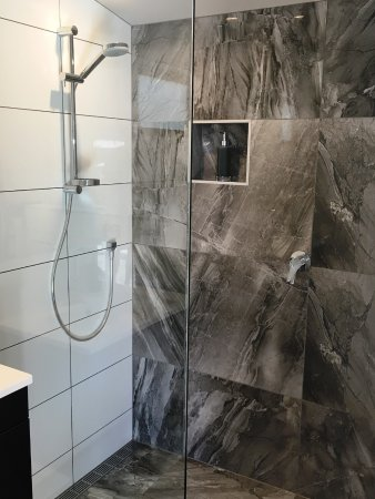 Kohimarama, Yeni Zelanda: Garden Studio: En-suite Walk-In Shower