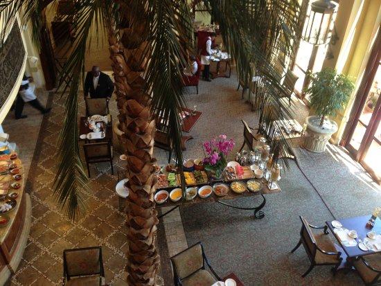 The Palazzo Montecasino: The breakfast-room