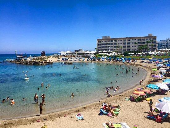 Pernera Beach Hotel: View from restaraunt