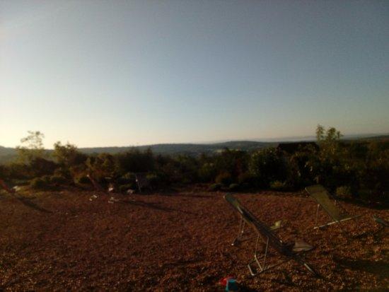 Grealou, Francia: Vues splendide, calme, reposant, un jardin que lepropriétaire, cultive,