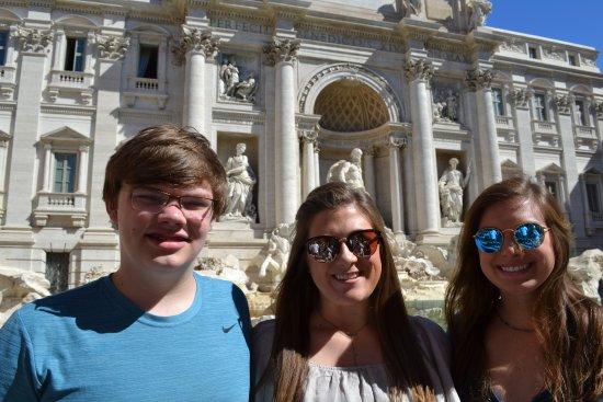 Avventure Bellissime Rome: Trevi Fountain