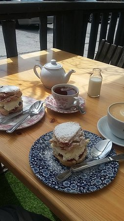 Scorton, UK: Jam and cream scones with tea and coffee.