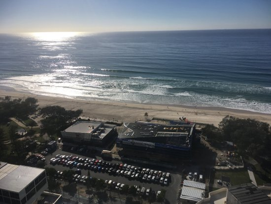 Peppers Broadbeach: taken from balcony which streches across entire front of appartment, show Kurrawa surf club & be