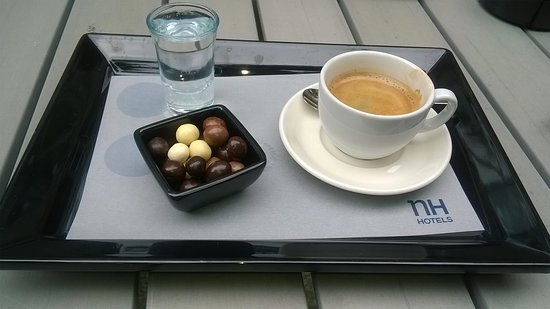 NH London Kensington: Petite pause café