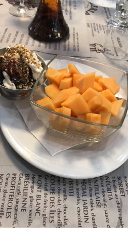 Claye Souilly, France: Melon de saison au top