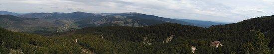 Neila, إسبانيا: Valle de Neila desde el mirador previo