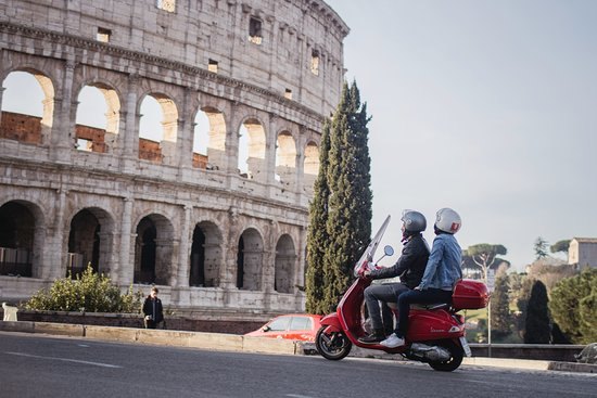 Scooteroma Tours
