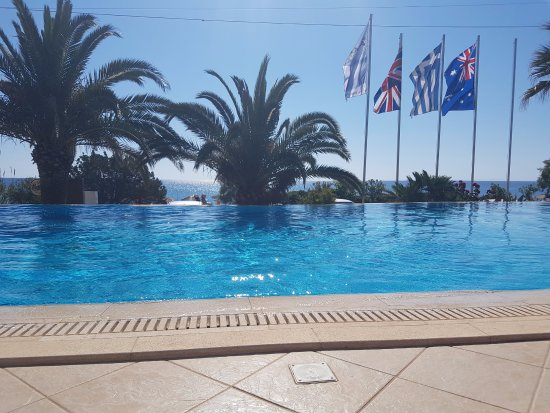Anassa Hotel: View from the sun lounger